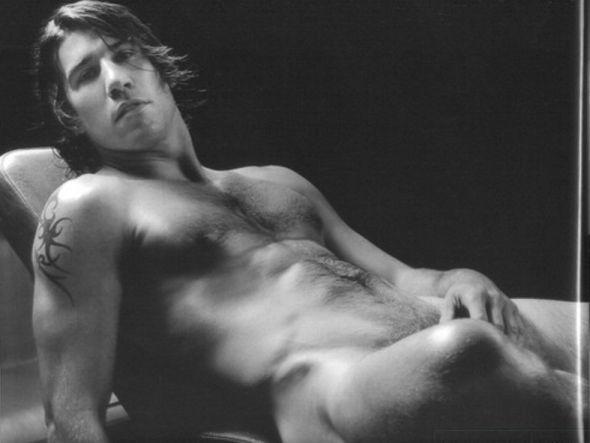 Hombres Desnudos Con Penes Grandes